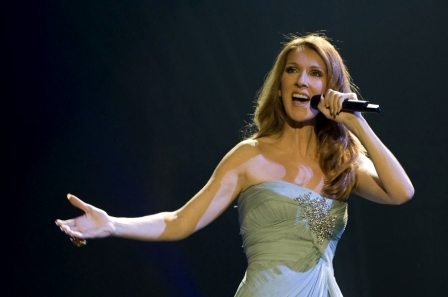 Céline Dion - The Show Must Go On Testo Video